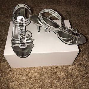 Rialto Silver sandals with heel
